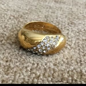 Christian Dior beautiful ring size 6.5